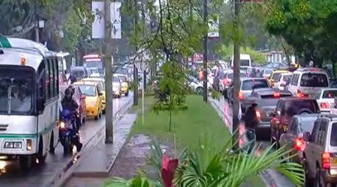 Más de 200 muertes en carretera por 'comportamientos absurdos' en el 2016