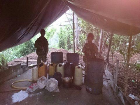 Capturan dos hombres y destruyen dos laboratorios ilegales en Nariño