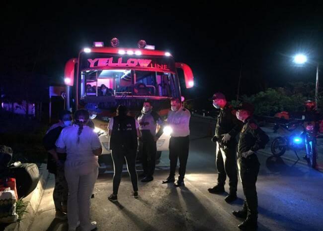 Sorprenden a decenas de personas en buses que salieron de Bogotá a Santander