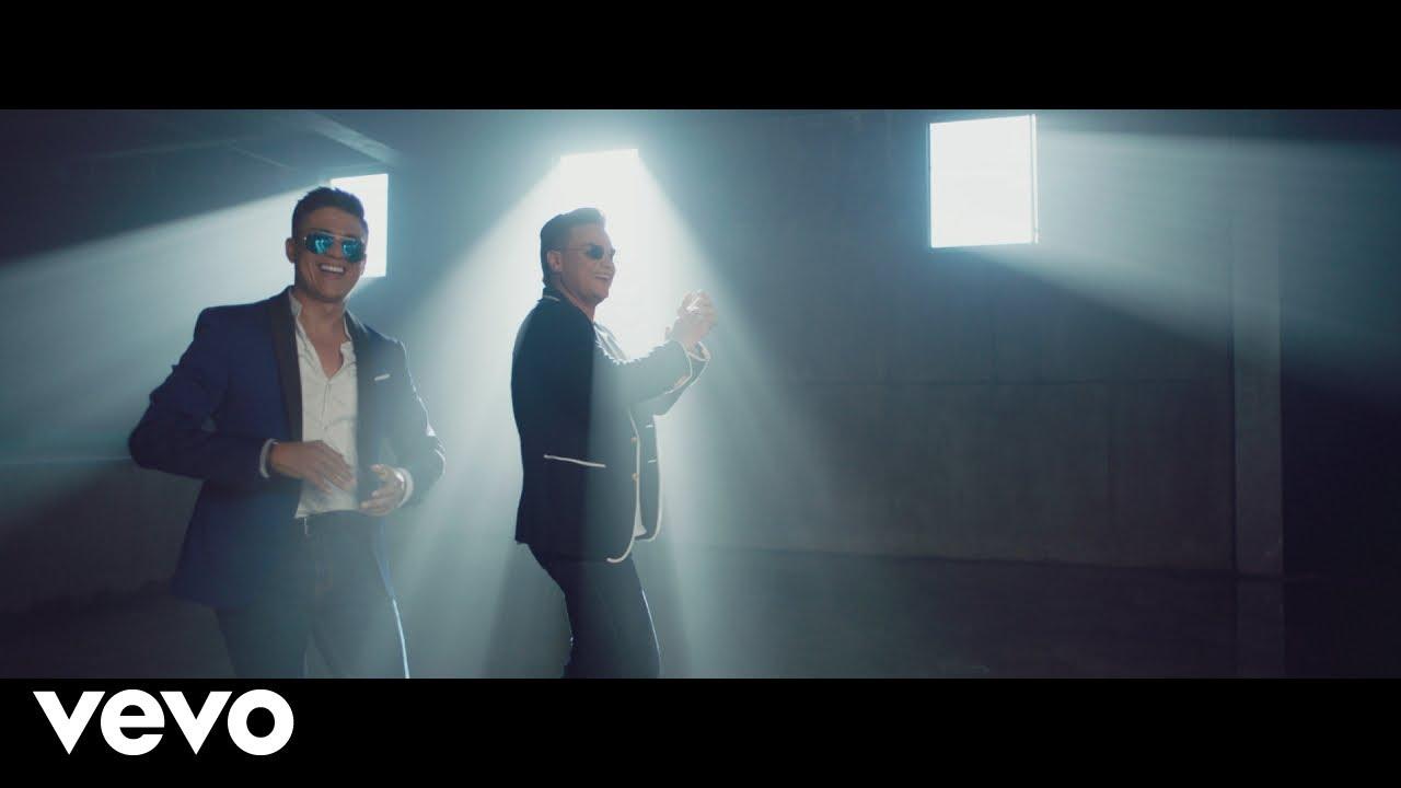 17. Américo feat. Silvestre Dangond – Mi Deseo (Official Video)