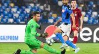 Liverpool inicia su defensa del título en Champions con derrota 2-0 ante Napoli