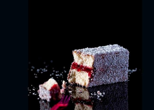 Mujer murió durante concurso de comer pasteles
