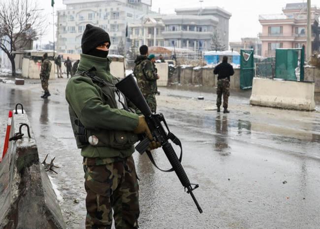 Al menos 6 muertos y 12 heridos dejó ataque suicida en Afganistán
