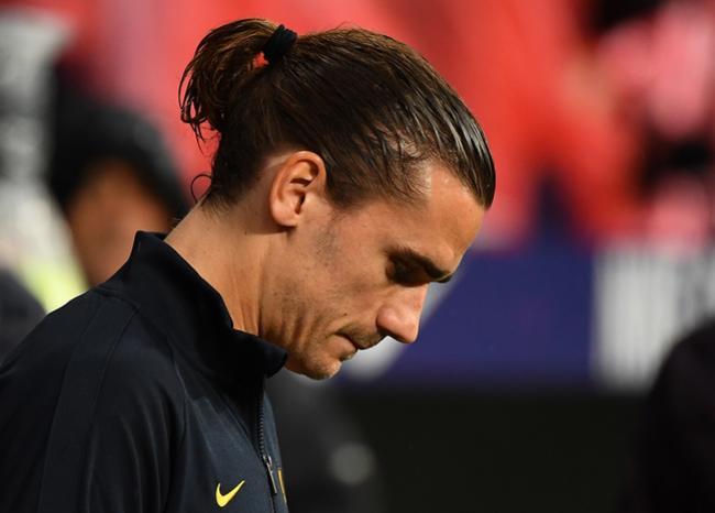 Griezmann se siente aislado en el Barcelona, dice 'France Football'