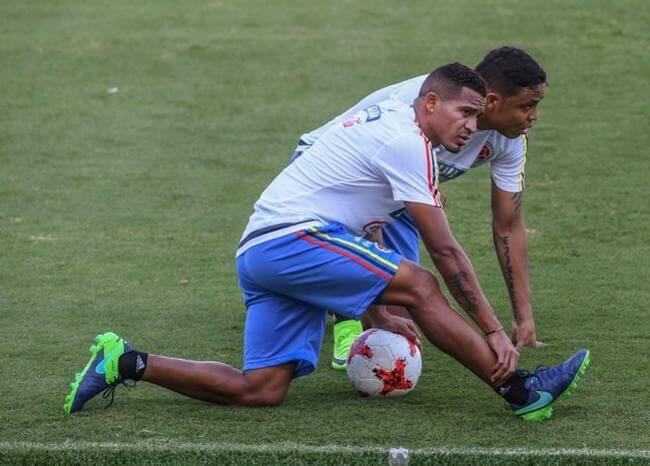 Queremos jugar un torneo internacional: Pdte. de Alianza tras fichar a Macnelly Torres