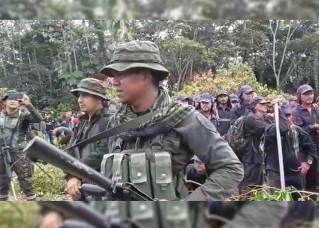 Campesinos retienen a 21 policías y 16 erradicadores de cultivos ilícitos en Putumayo