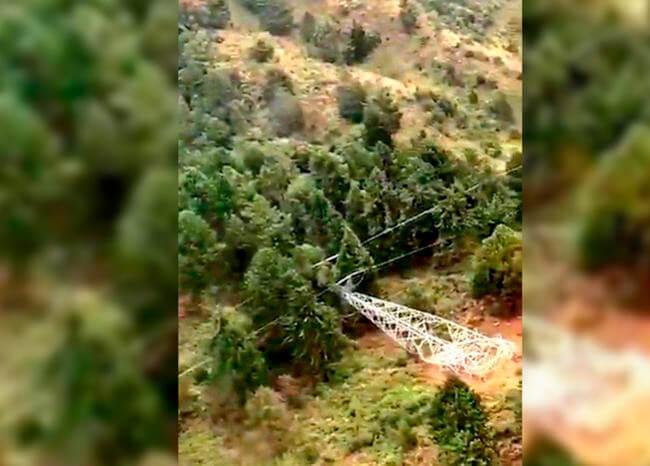 Reparación de la torre derribada por el ELN en Medellín tardará dos semanas más