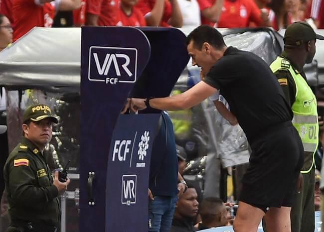 Polémica en la liga colombiana por decisión de partidos con VAR en fecha de clásicos