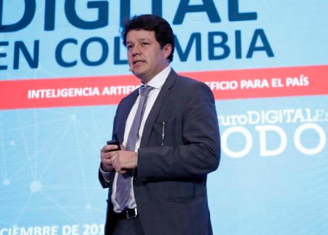 Proyecto para regularizar plataformas digitales se presentaría en marzo: consejero de TIC