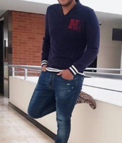 Orlando Liñán armó parranda vallenata desde balcón de su apartamento