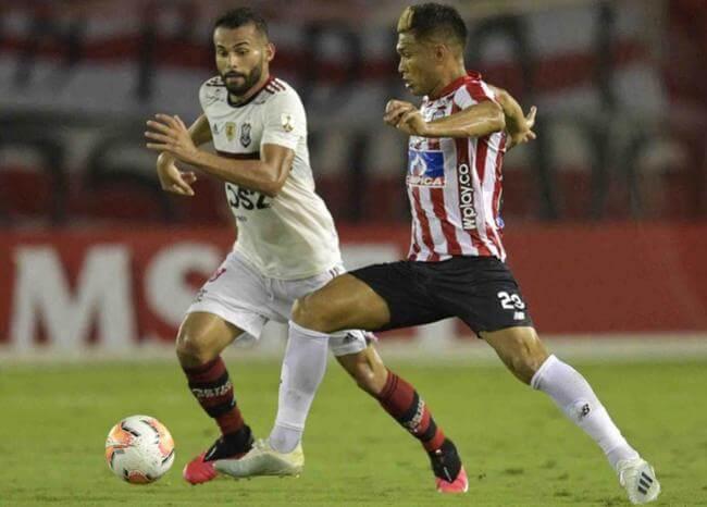 Jugadores del Junior esperan resultados de COVID-19 tras contacto con DT del Flamengo