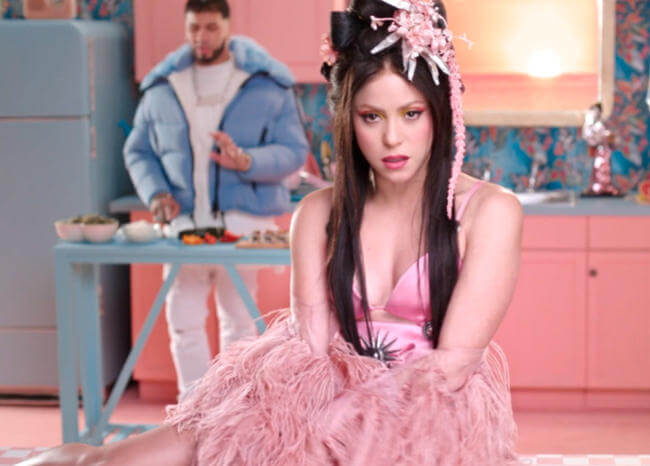 Shakira y Anuel AA rompen YouTube en el debut del video de 'Me Gusta'