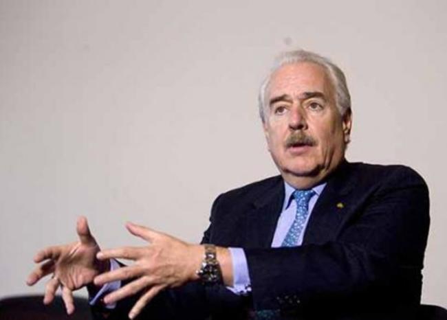 Pastrana propone reiniciar fumigaciones de cultivos ilícitos en cuarentena