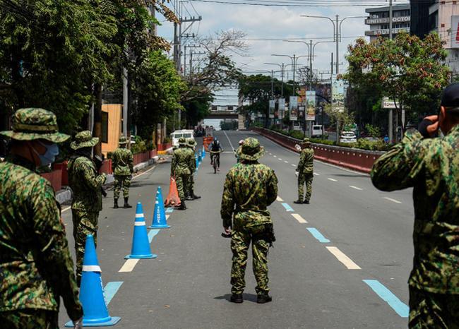 Ordenan matar a quienes violen la cuarentena por coronavirus en Filipinas
