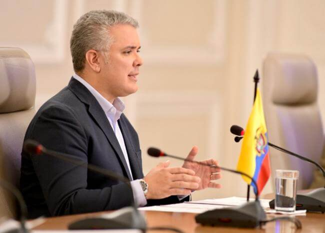 No habrá fútbol en Colombia después del 27 de abril, advierte Duque
