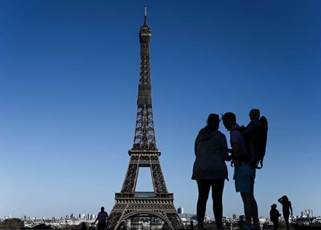 Ya van más de 250.000 muertos por coronavirus en el mundo París