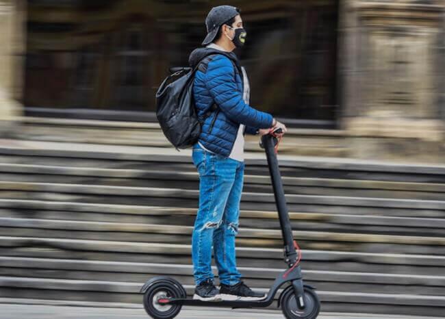 Bogotá ya cuenta con permisos para el alquiler de patinetas y bicicletas eléctricas