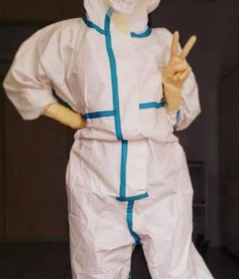 Enfermera que fue a camellar con diminuto bikini ahora es imagen de ropa deportiva