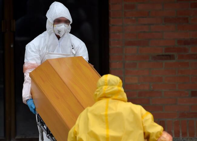 En Bogotá se inhumarían muertos no COVID si colapsa capacidad de hornos crematorios