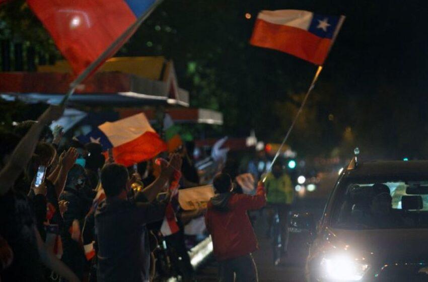 Hace un año era muy difícil vislumbrar lo que pasó ayer: senador chileno sobre plebiscito