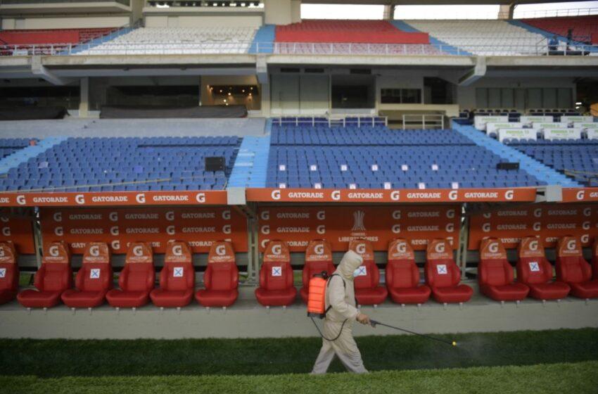 Primer paso para regreso de hinchas a estadios: 30 personas asistirán a la final de la Copa Colombia