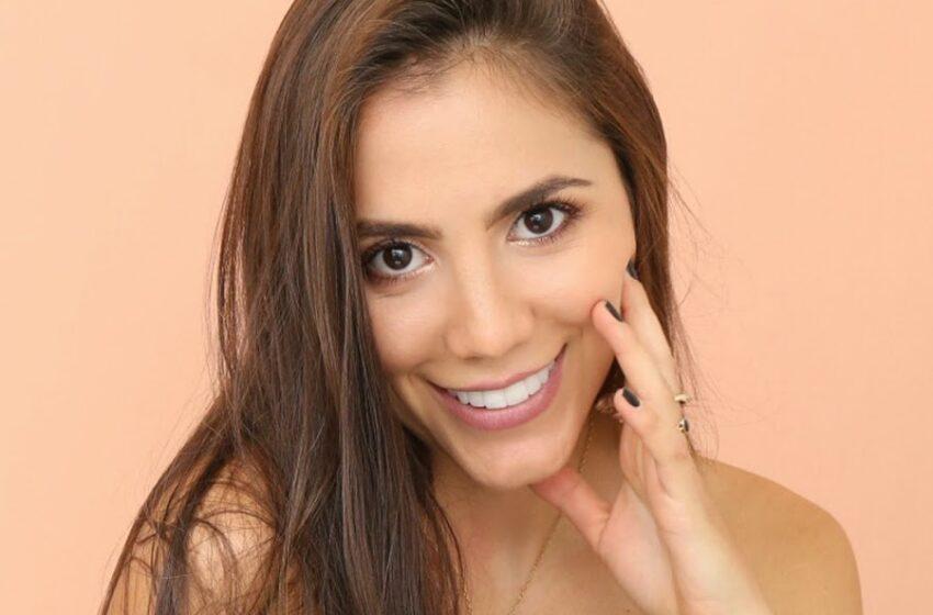 Hermana del jugador Santiago Arias se robó más de un suspiro con fotografía en bikini