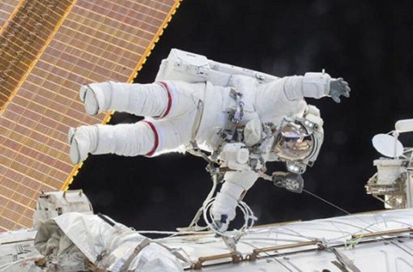 Videos: astronautas de la Nasa empiezan a modernizar el sistema de energía solar en la EEI